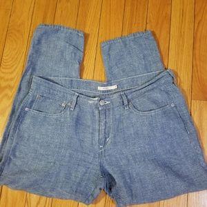 Levis boyfriend roll hem jeans